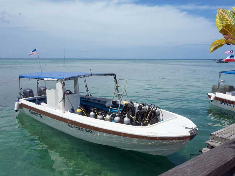 Plong e avec smart divers plong e pulau mabul malaisie voyages plong e ultramarina - Sipadan dive centre ...